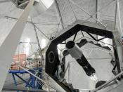 English: The Keck 2 Telescope showing the segmented hexagonal primary mirror