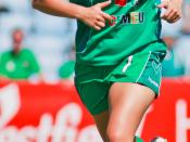 English: Ellie Brush playing for Canberra United in the 2009 Australian W-League.