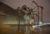The spider sculpture Maman by Louise Bourgeois :: Locality: Guggenheim Museum Bilbao Spain. Français : Sculpture Araignée Maman de Louise Bourgeois :: Localité : Musée Guggenheim à Bilbao Espagne