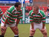 English: Martin Johnson and Graham Rowntree during the friendly match between Bath and Leicester teams of 1996 that took place in 2007. Français : Martin Johnson and Graham Rowntree au cours du match amical entre les équipes de Bath et de Leicester de 199