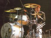 English: Charlie Adams (drummer)
