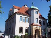 This building used to be the townhall of Kötitz (today part of Coswig, Saxony) and now is a special school for children with special emotional needs.