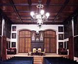 Deutsch: Der Ahnensaal bildet das Herzstück des Starhemberger Schlossmuseums. 50 überlebensgroße Bilder entlang den Wänden des Ahnensaals zeigen die Angehörigen der Familie.