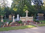 Metzler Familien-Grabstelle auf dem Hauptfriedhof in Ffm