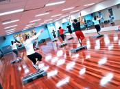 Step Aerobics Class at a Gym Category:Step aerobics