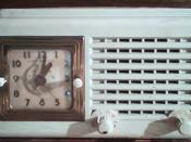 English: Vintage clock radio