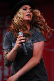 English: dutch singer anouk at festival mundial 2008 Nederlands: Anouk op het festival Mundial 2008