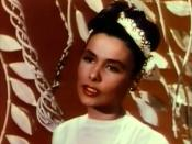 Cropped screenshot of Lena Horne from the film Till the Clouds Roll By.
