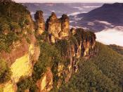 English: The Three Sisters, Katoomba, New South Wales, Australia. Français : Les trois soeurs, à Katoomba, en Nouvelle Galles du Sud (Australie).