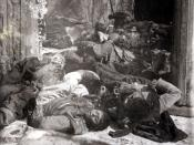 English: Corpses of Turkish civilians, including women, children and men in Erzincan, massacred by Armenians.