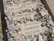 English: Close-up of grave of Oskar Schindler in the Mount Zion Franciscan Cemetery. In English, it reads,