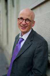 English: American entrepreneur, author and public speaker Seth Godin