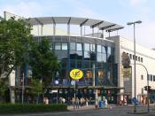 English: Cinema UCI Kinowelt, Neudorfer Strasse 36-40, Duisburg, Germany. Deutsch: UCI Kinowelt, Neudorfer Straße 36-40, Duisburg.