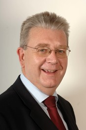 English: Michael Russell, Scottish Cabinet Secretary for Education & Lifelong Learning