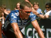 Lance Armstrong finishing 3rd in Sète, taking over the Yellow Jersey at Grand Prix Midi Libre 2002