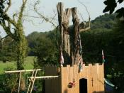 English: Tree Fort? Not so much a tree house, more a tree fort with flags &