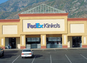 English: A typical FedEx Kinko's store, located in Provo. Photographed by user Coolcaesar on July 22, 2008.