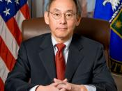 English: Official portrait of United States Secretary of Energy Steven Chu Español: Retrato oficial de Secretario de Energia de los Estados Unidos Steven Chu