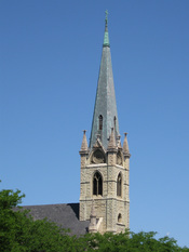 English: Steeple of St. James Catholic Church in Chicago, USA