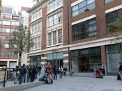 English: The London School of Economics library at the Lionel Robbins Building. Español: La biblioteca de la London School of Economics en el edificio Lionel Robbins.