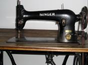 Singer sewing machine - 31K32 (detail 1)