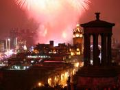 English: Fireworks over Edinburgh on New Year's Eve