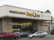 English: Food 4 Less grocery store in Hollywood, California