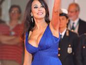 English: Actress Maria Grazia Cucinotta - 66th Venice International Film Festival.