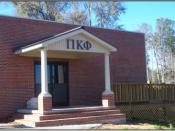 English: A picture of the Pi Kappa Phi fraternity Gamma Gamma Chapter house at Troy University.