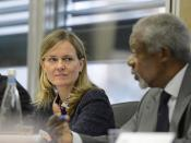 2013_EXPERT_CONSULTATION_Caroline_Kende_Robb_Kofi_Annan