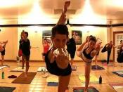 English: Bikram Yoga