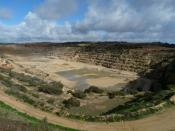 English: Ardrossan OneSteel quarry from the public lookout.