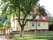 en: The Albert Schweitzer House in Königsfeld (Germany) de: Das Albert-Schweitzer-Haus in Königsfeld fr: La Maison Albert Schweitzer à Königsfeld (Allemagne)