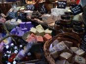 English: Handmade soaps sold at Hyères, France Français : Savons artisanaux en vente à Hyères, France