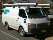 English: 2004 Toyota HiAce vans owned by Telstra.