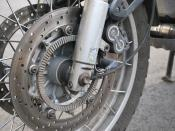 Front brake discs on a BMW R1150GS. The toothed ABS ring indicates that this bike was manufactured before November 2002.