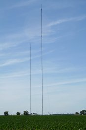 WAND TV (right) and WBUI TV (left) tower antennas near Argenta, Illinois