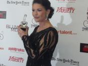 English: One of the winners in the tie for Outstanding Actress in a Musical, Catherine Zeta-Jones