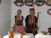English: Regional costume of Lachy Sadeckie in skansen museum in Nowy Sącz, Poland. Polski: Strój ludowy Lachów Sądeckich