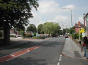 English: Porchester Road, Nottingham. On the left is the entrance to Mapperley Hospital, which at one time was for the mentally ill