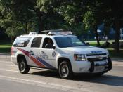 English: Toronto Police Service Emergency Task Force vehicle on Queen Street, with