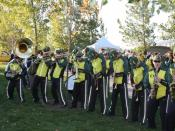 English: The Green Garter Band tailgating before the start of a football game at Autzen Stadium in Eugene, OR.