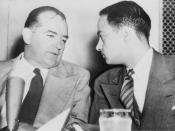 English: Sen. Joseph McCarthy chats with his attorney Roy Cohn during Senate Subcommittee hearings on the McCarthy-Army dispute