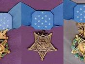 English: The Medals of Honor awarded by each of the three branches of the U.S. military, and are, from left to right, the Army, Navy/Marine Corps and Air Force.