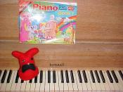 Stalin Bunny teaches the piano who's boss