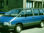 Renault Espace 1 in the early part of the model's life