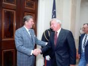 English: President Reagan and Joe DiMaggio