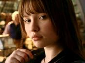 Violet as portrayed by Emily Browning in the 2004 film.