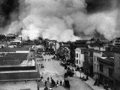 English: San Francisco Mission District burning in the aftermath of the San Francisco Earthquake of 1906. Français : Le quartier de Mission de San Francisco brûle après le Tremblement de terre du 18 avril 1906. Tiếng Việt: Một đám cháy do trận động đất nă