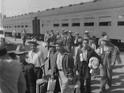 English: The first Braceros arriving in Los Angeles by train in 1942